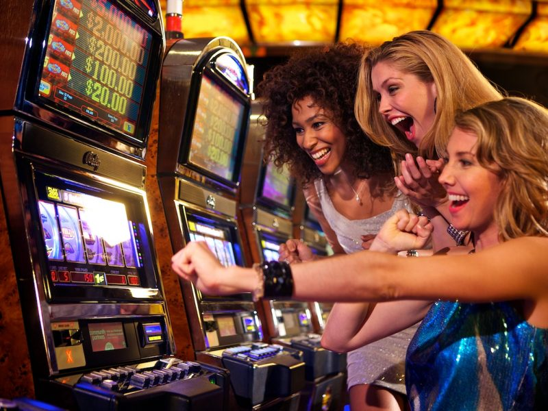 Six Greatest Things About Online Casino